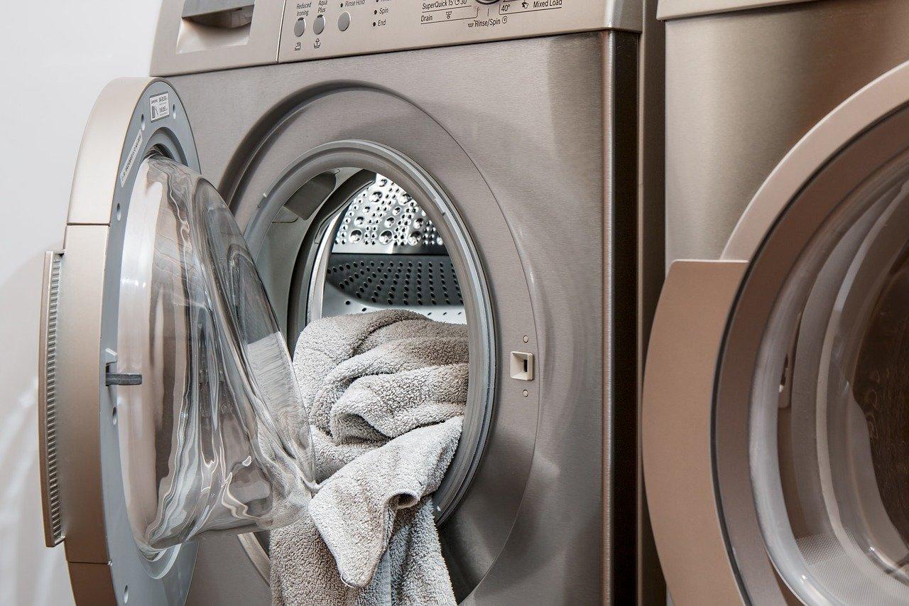 Perché scegliere una lavanderia a domicilio a Roma