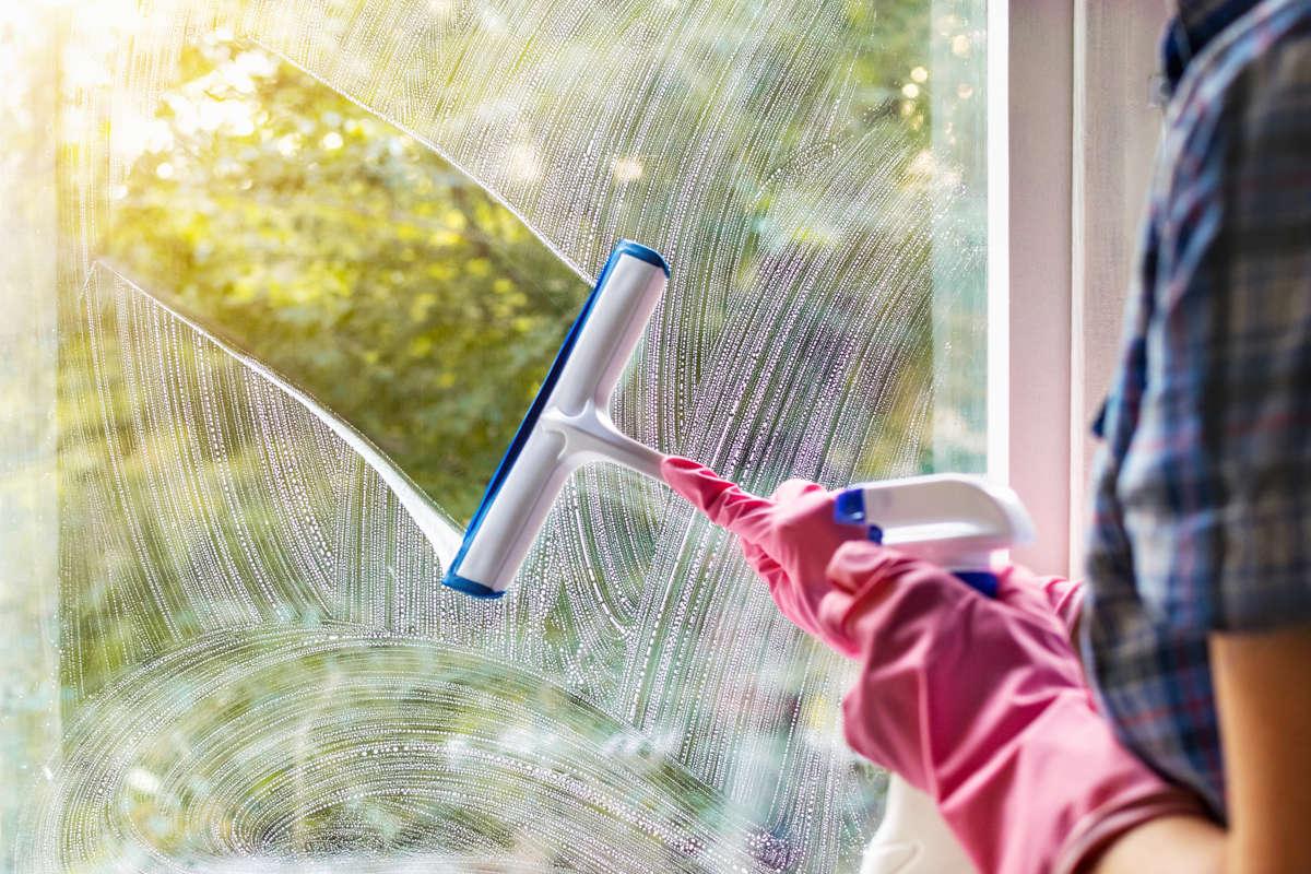 Come pulire i vetri delle finestre